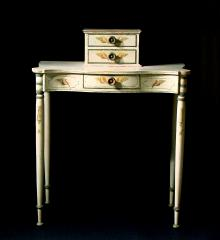 North Shore Dressing Table - VVD11618